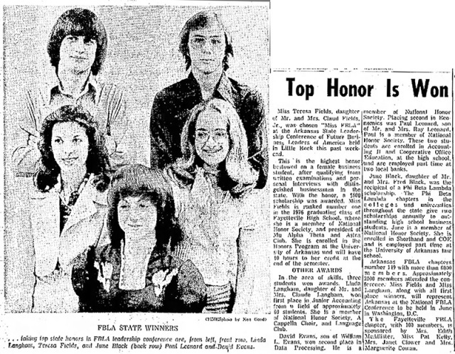 Newspaper story about FBLA state winners.